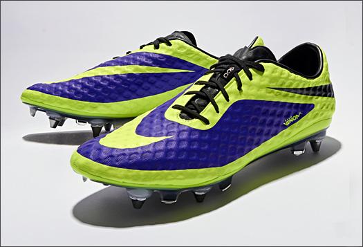 ffb5c9a2d497 Некоторые родители считаю, что обувь для футбола является излишеством, что  ребенок может побуцать мяч и в кедах или старых кроссовках. Может быть это  и так, ...